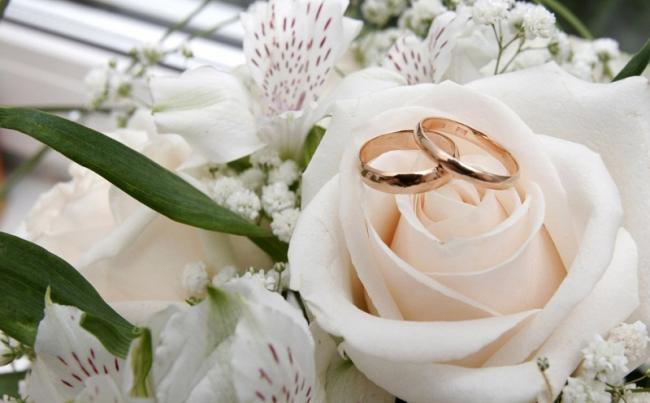 Buat Singlelillah: Inilah 7 Alasan Keuntungan Menikah Muda